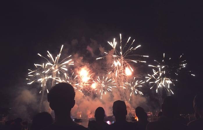 bar_guide_fireworks